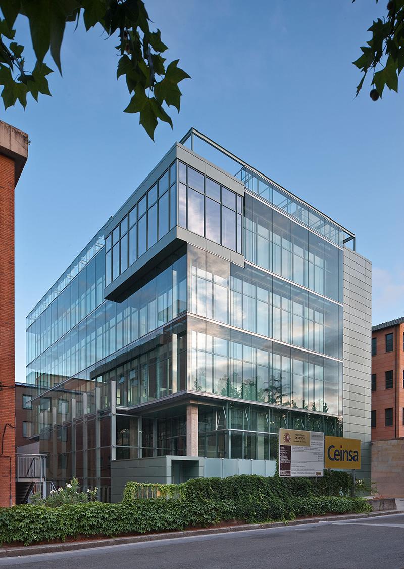 Premios arquitectura en vidrio 2015 propuestas y for Juzgados ponferrada